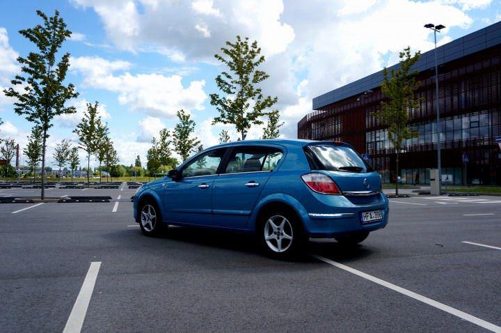 Opel Astra nuoma